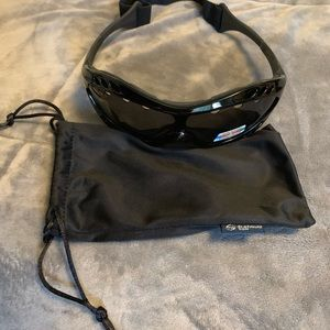 e81c913ccb37 Platinum Sun Accessories - NWT Platinum Sun Sea Surf Polarized Sunglasses
